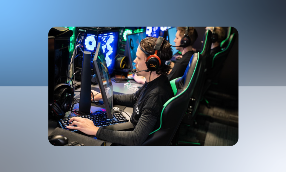 esports-games-playing